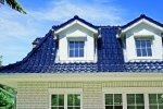 niebieski dach